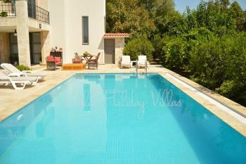 Holiday Villa with secluded Private Swimming Pool