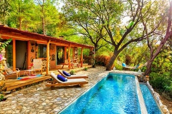 Secluded Honeymoon Villas